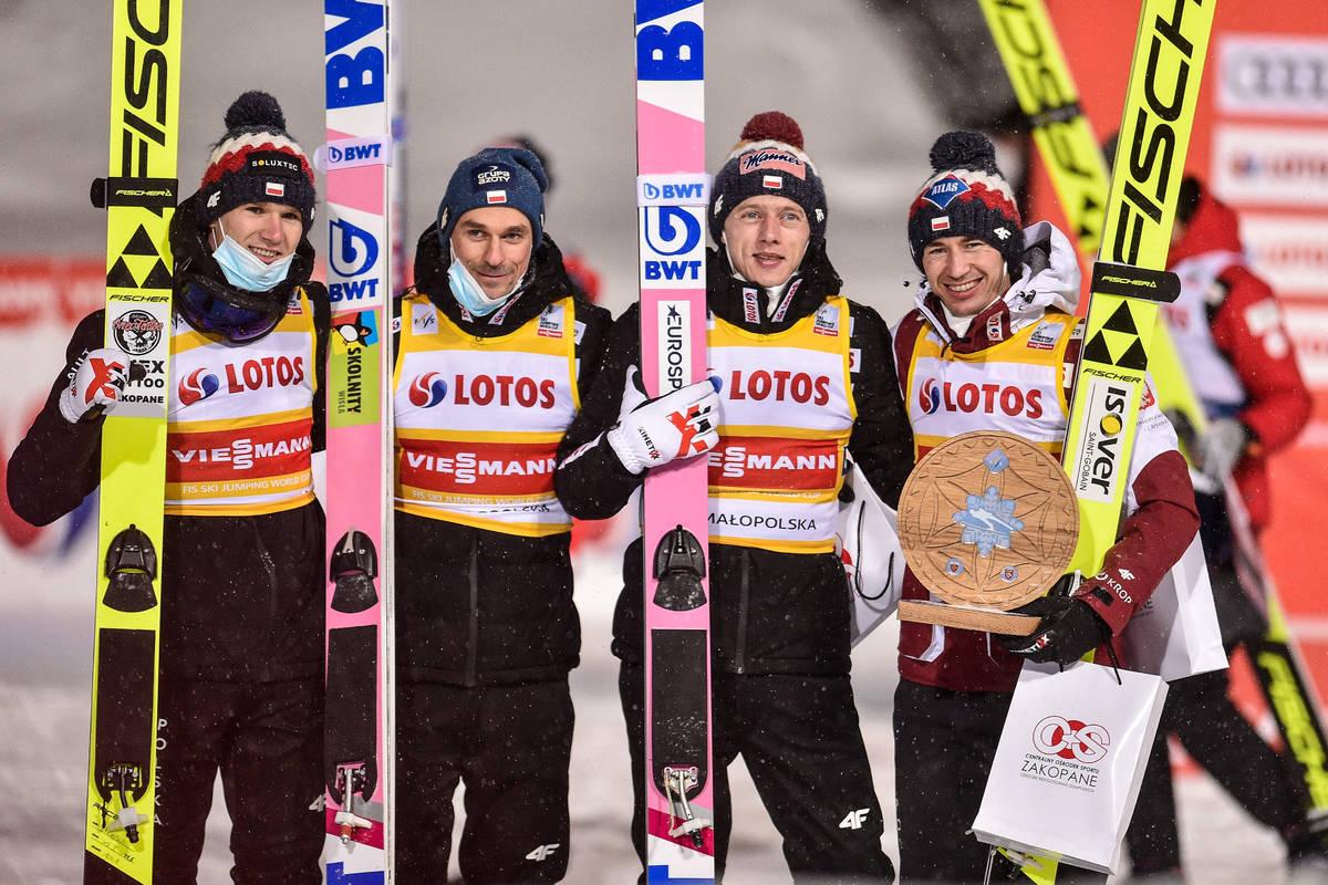 Podium Polak U00f3w W Dru U017cynowym Konkursie W Lahti Ambitna