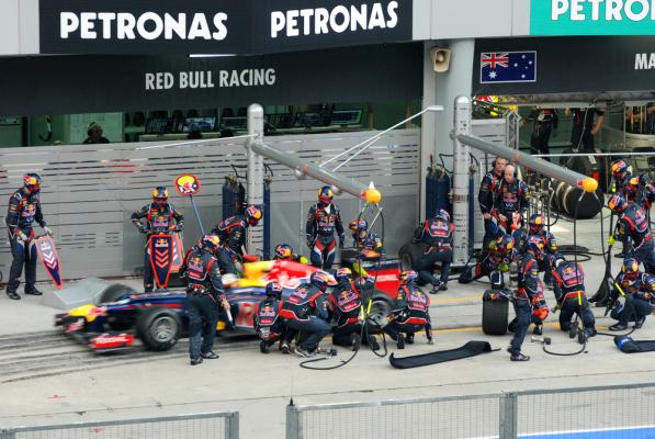 Losy Red Bulla w rękach Renault