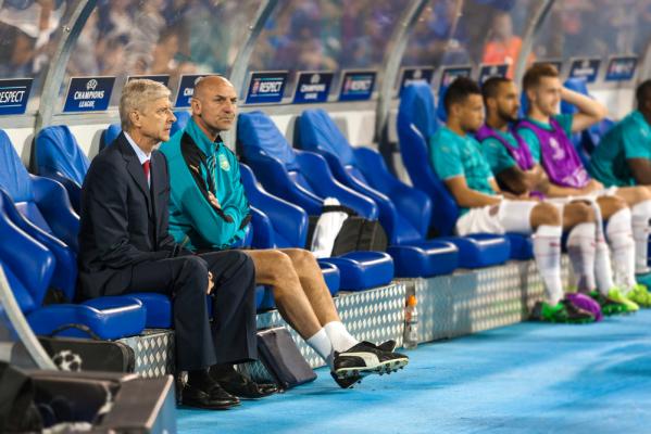 """""""Nikt w Arsenalu nie chce kupować piłkarzy"""""""