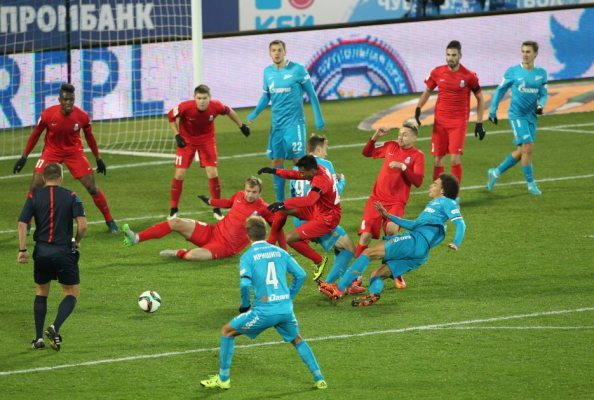 Priemjer Liga: Pięć goli na Zenit Arena