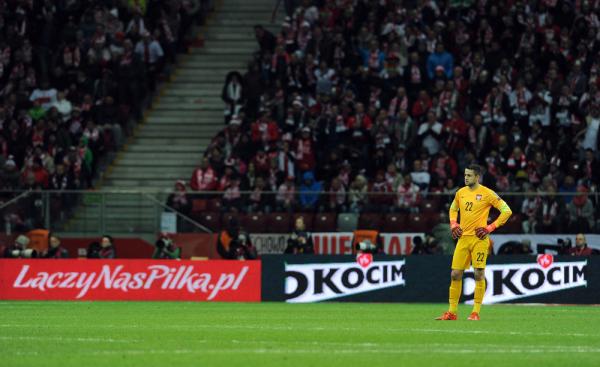 Arsenal rozbił Swansea, błąd Fabiańskiego [video]