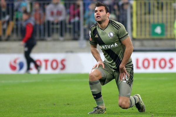 Ekstraklasa: Nikolić piłkarzem października
