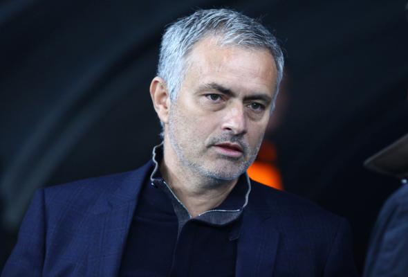 Mourinho do arbitra: Wenger miał rację, jesteś cholernie słaby
