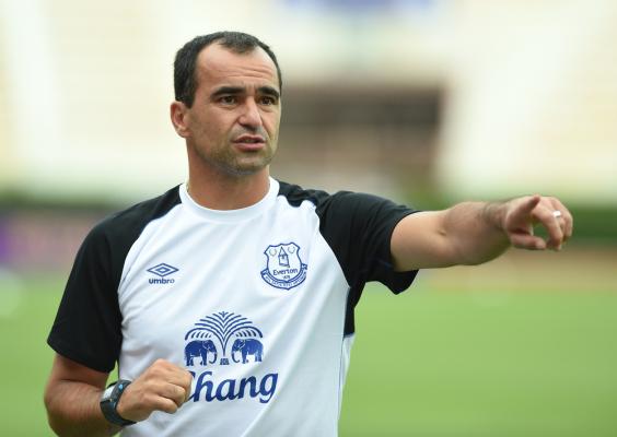 Martinez: Niepokoiłbym się, gdyby nie chcieli nam podkupić piłkarzy