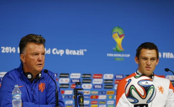Van Gaal: Chcę kupić wielu piłkarzy