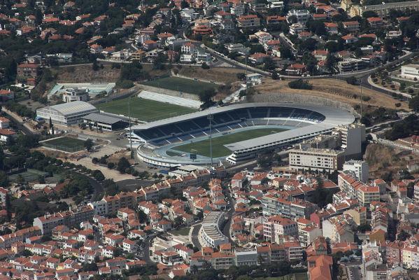 Rywal Lecha wygrywa w Portugalii