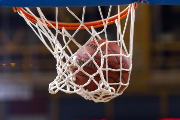NBA: Dziewiąte zwycięstwo Warriors