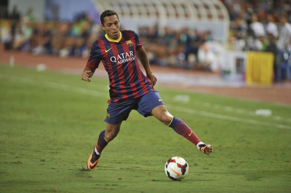 Adriano: Barcelona zablokowała moje odejście