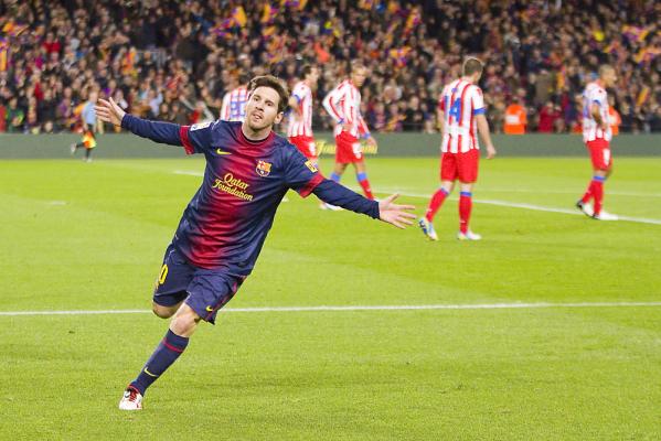 Messi wrócił do treningów. Czy zagra w El Clasico?