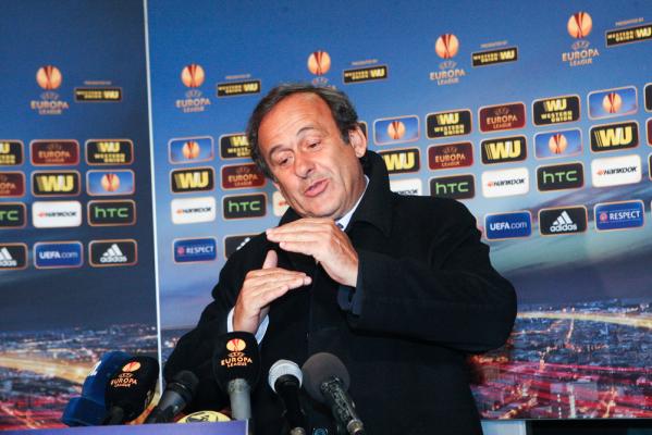 Blatter i Platini wciąż zawieszeni przez FIFA