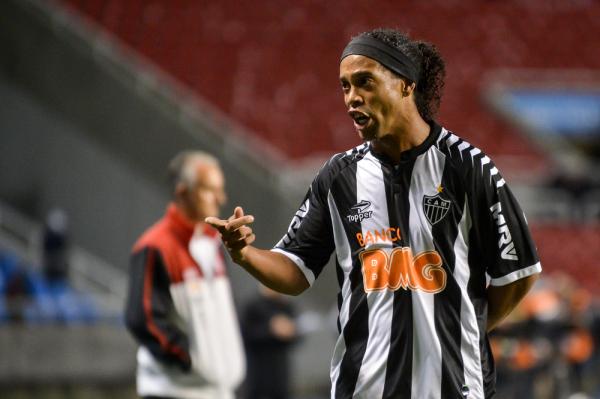 Pirlo i Ronaldinho dołączą do Eto'o?