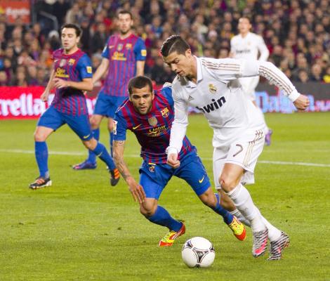 Alves: Ronaldo jest topowym graczem i to jego problem