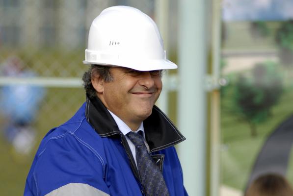 Afera w FIFA. Dożywotnie zawieszenie Michela Platiniego?