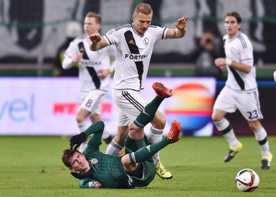 Czerczesow: Ładne dziennikarki dekoncentrują piłkarzy