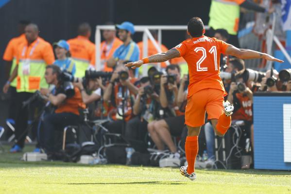Van Nistelrooy: Depay nie jest gotowy, ale sobie poradzi