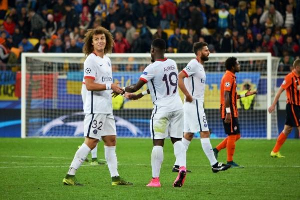LM: Wyjazdowe zwycięstwa Realu i PSG