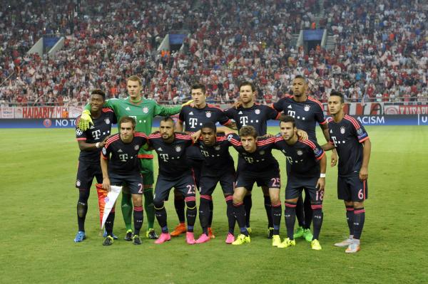 Bayern wygrał z Herthą, grał Lewy, gol Polanskiego