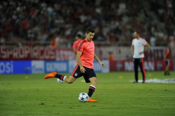 Ekspert Sky Sports: Ronaldo odejdzie, Lewy następcą