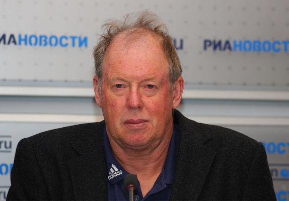 Biathlon: Legendarny trener szokuje