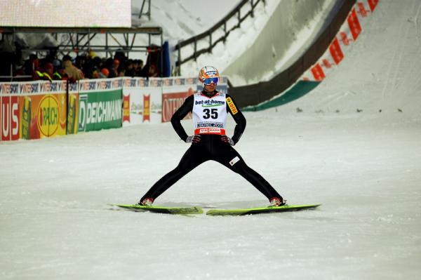 PŚ w Lillehammer: Freund wygrywa, Stoch piętnasty