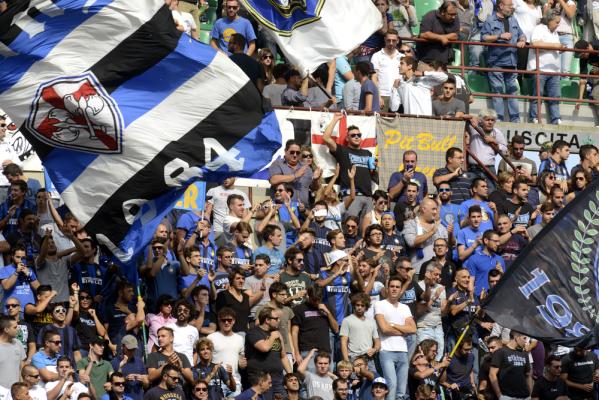 Gol Bartosza Salamona, Cagliari wygrywa