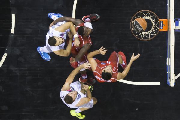NBA: Toronto Raptors pokonało San Antonio Spurs