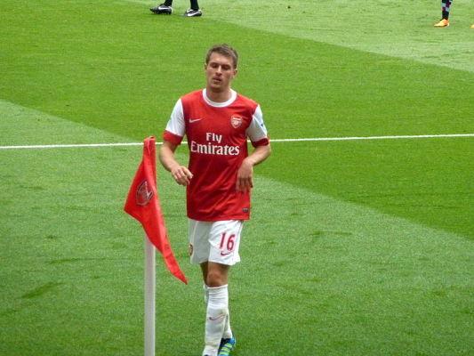 Ramsey: chętnie zagrałbym w Barcelonie