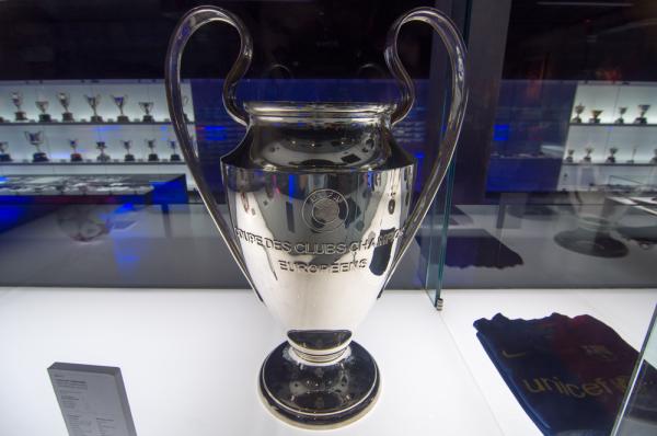 Znamy pary 1/8 finału Ligi Mistrzów. Są hity!