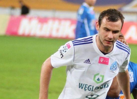 Starzyński debiutuje w Belgii, grał też Wolski