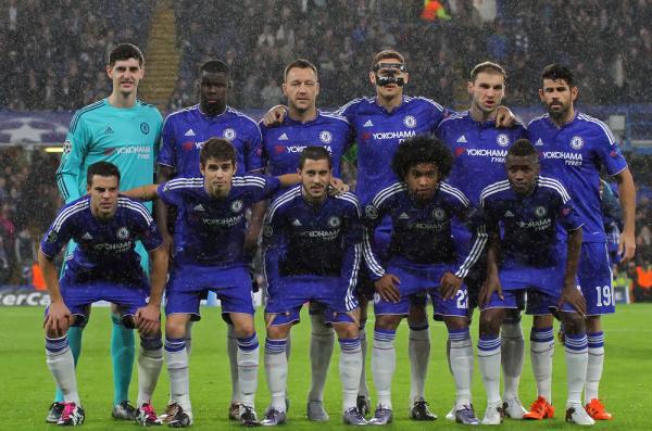 Chelsea bez Mourinho, gorące derby w Hiszpanii, Barca po kolejny tytuł - zapowiedź piłkarskiego weekendu