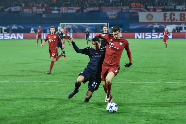 Bayern walczy o Lewandowskiego. Da mu podwyżkę