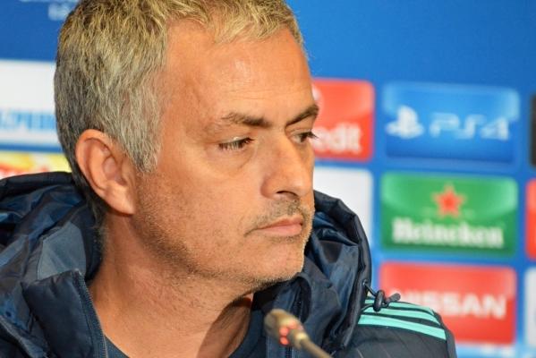 """""""Mourinho? Kibice MU potrzebują kogoś, kto da zwycięstwa"""""""