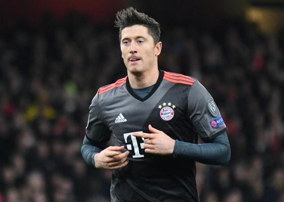 """Lewandowski bez nowego zmiennika? Prezydent Bayernu stwierdził, że """"to nie ma sensu"""""""