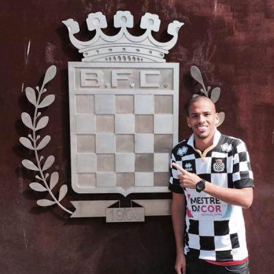Syn Rivaldo przechodzi do Portugalii