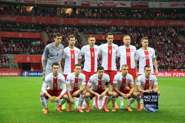 Polska spada w rankingu FIFA