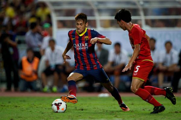 Neymar: nowy kontrakt czy transfer do Manchesteru City?