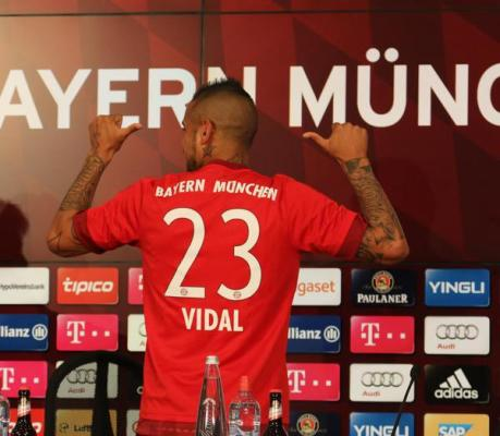 Vidal podpisał kontrakt z Bayernem