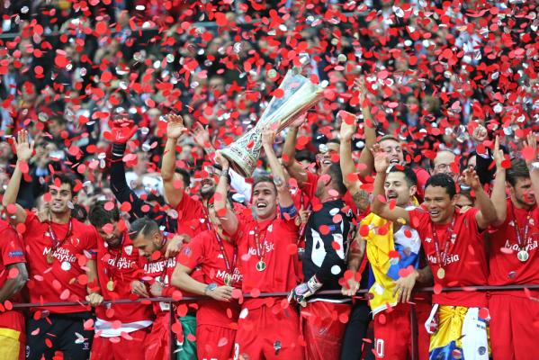 Sevilla chce trofeów