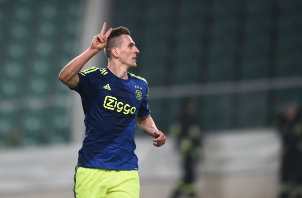 El. LM: Ajax odpada, piękny gol Milika [video]
