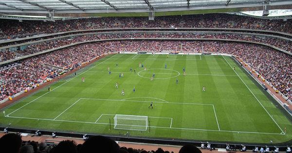 Arsenal pozbywa się pomocnika