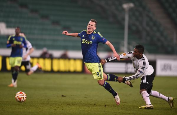 63 minuty Milika, Ajax wygrywa
