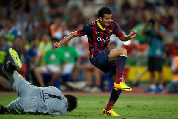Wszyscy w Manchesterze chcą Pedro. Licytacja?