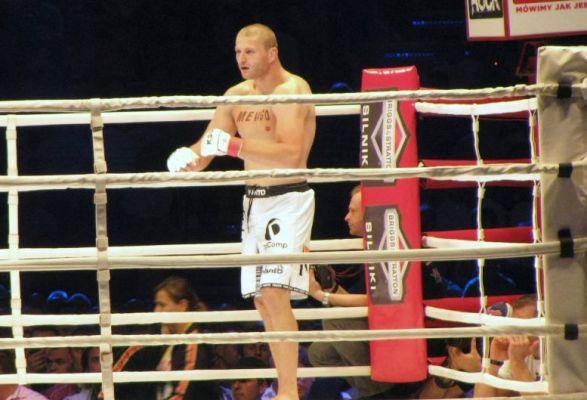 Błachowicz przegrał, ale zarobił więcej niż rywal