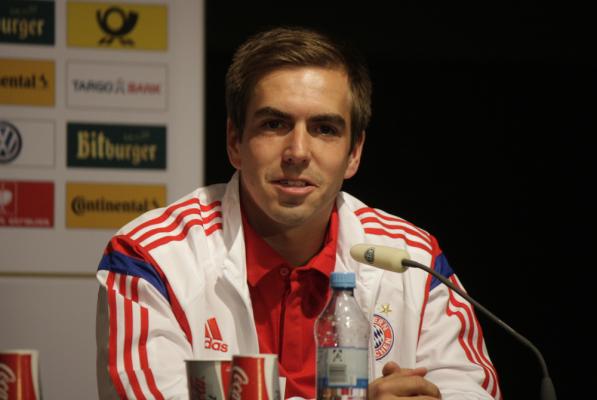 Lahm: Nie skreślajcie Ribery'ego
