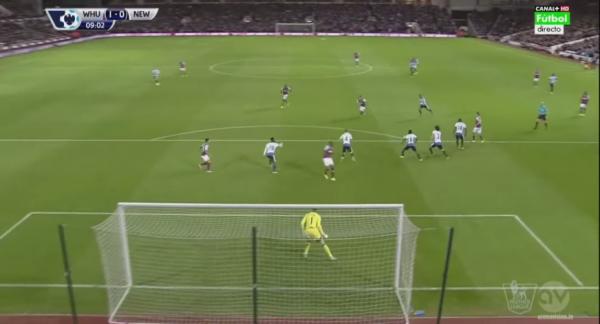 Cudowny gol pogrążył Newcastle [video]