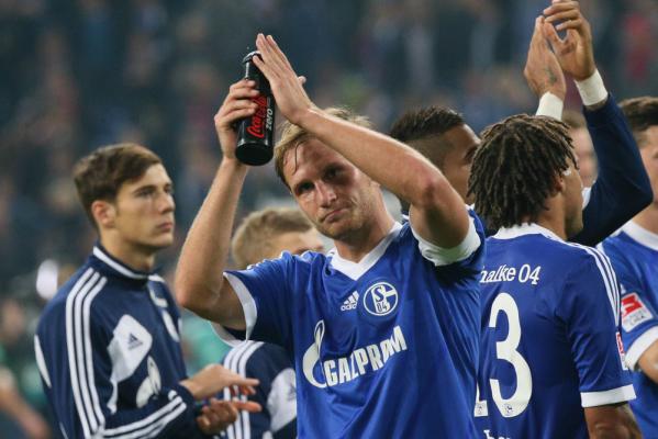 LE: Pewna wygrana Schalke, remis Sparty