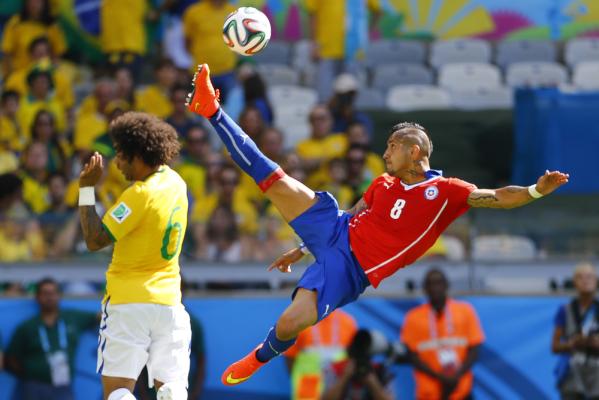 Kahn: Vidal nie umie grać w Bayernie