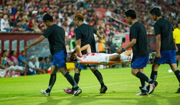 XI najbardziej brutalnych fauli w historii futbolu [video]