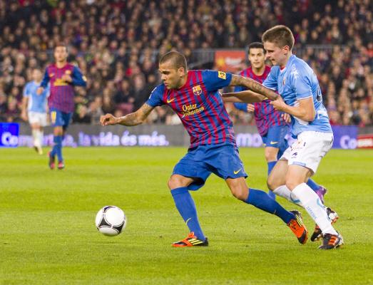 Alves: Zależymy od Messiego