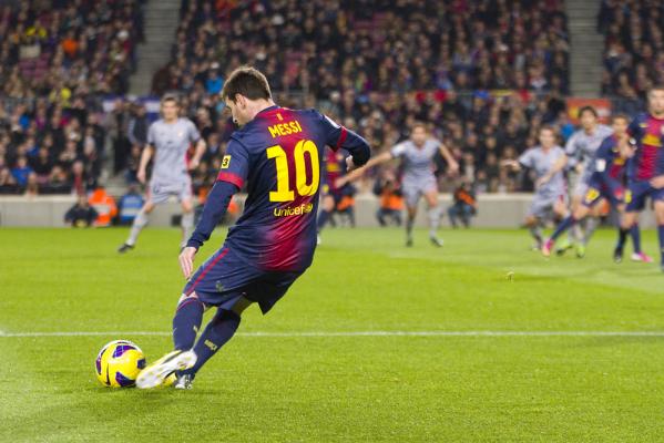 Wygrana Barcelony, kontuzja Messiego